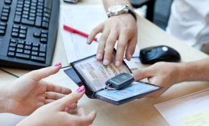 Горячая линия и служба поддержки Альфа-Банка: контактная